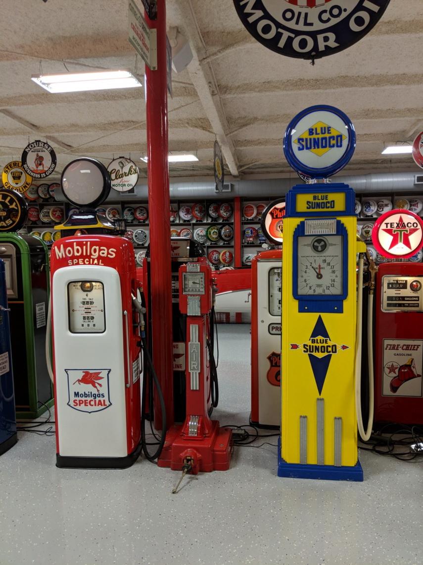 Petroliana - Gas Pumps | Route 32 Auctions | Vintage Gas