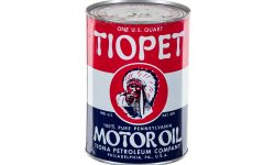 Tiopet Motor Oil cans